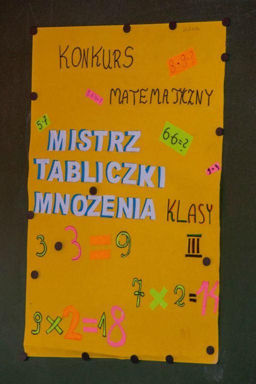 2018_Tabliczka-M_01